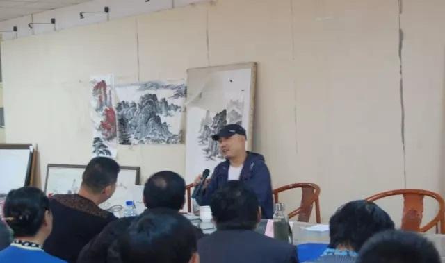 杨恩国先生讲座:《山水画写生与创作》在我院美术馆举行