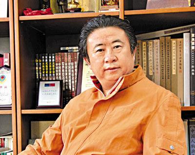 1985级校友民族文化宫副主任、民族画院院长王林旭